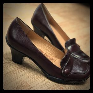 Sofft chunky heel loafers